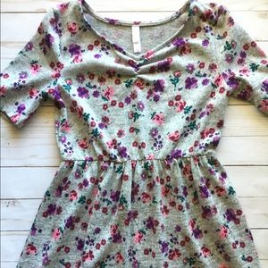 Above knee dress 5 for $25